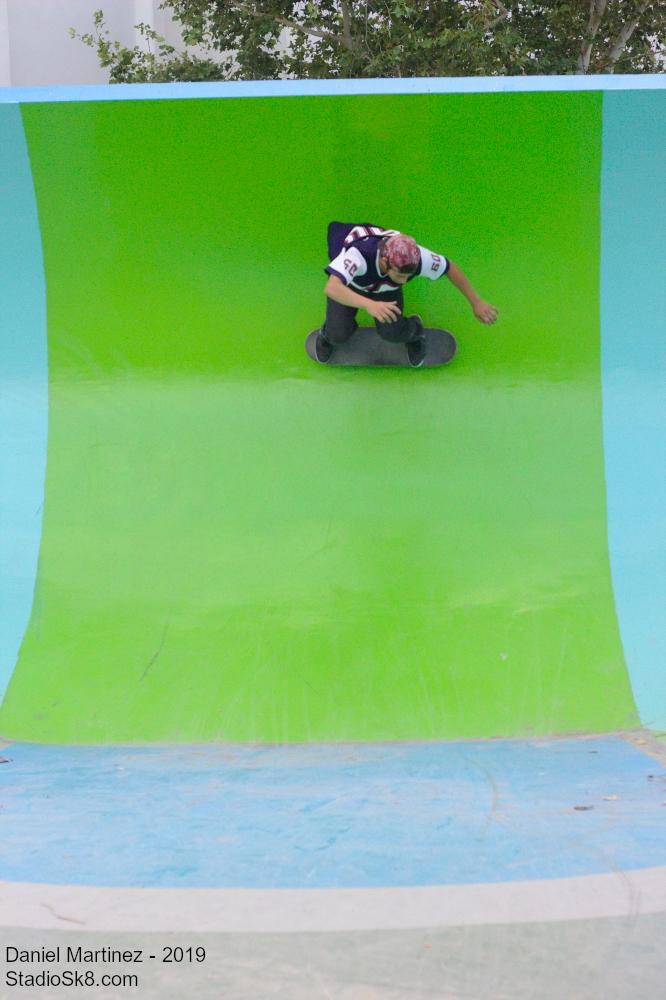 Daniel Martinez  - Surfeando el Bowl